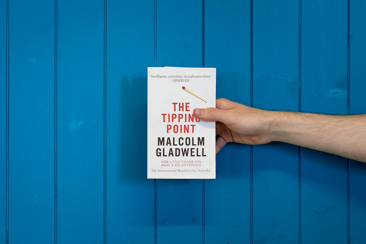 5-best-branding-books-the-tipping-point-malcolm-gladwell